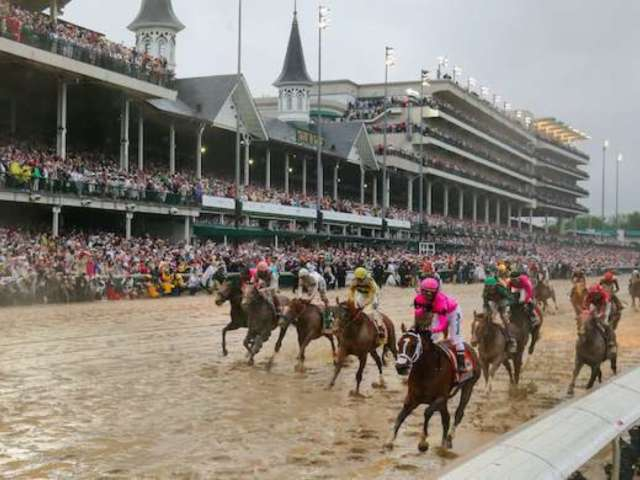 Kentucky Derby Fans Take to Twitter After Race Delayed Until September