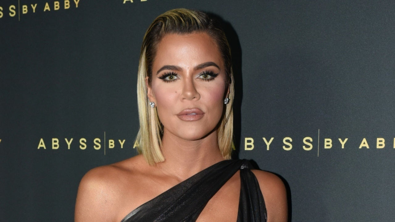 Khloe Kardashian Says Family S Christmas Eve Party Is Canceled For First Time In 40 Years
