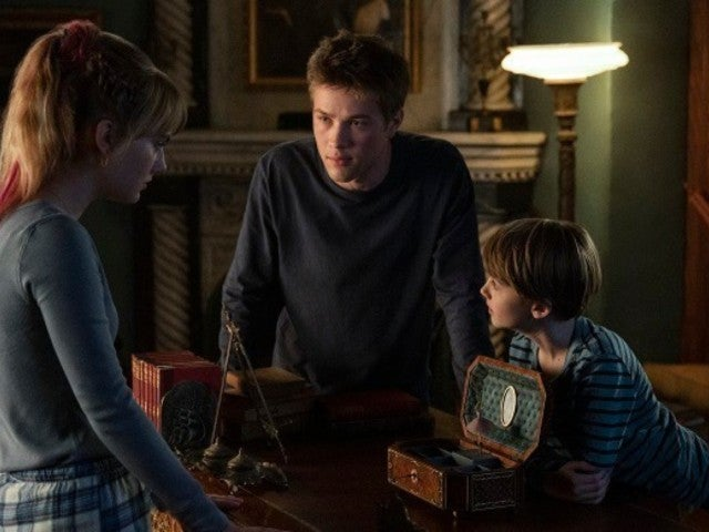 Netflix Gives 'Locke & Key' Season 2 First Look, Release Date