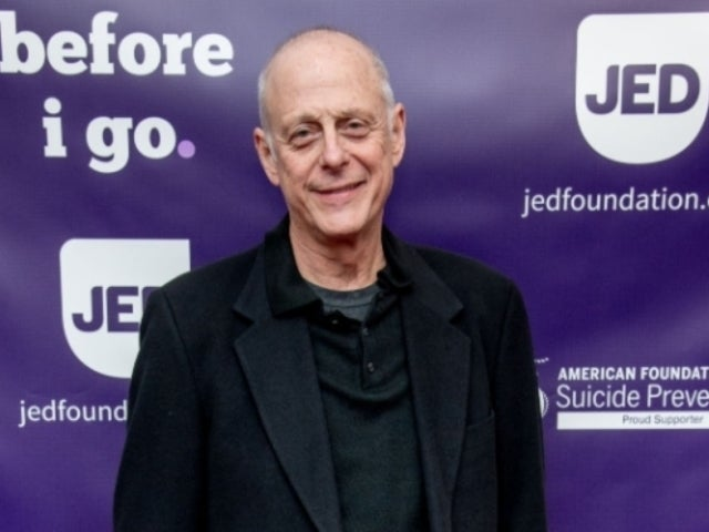 Mark Blum, 'Crocodile Dundee' and 'You' Star, Dead at 69 Following Coronavirus Diagnosis