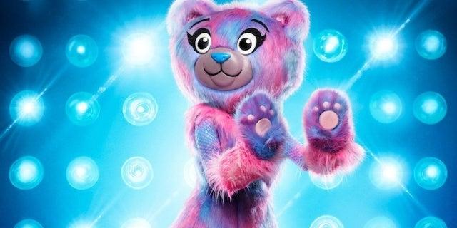 masked-singer-bear-Fox