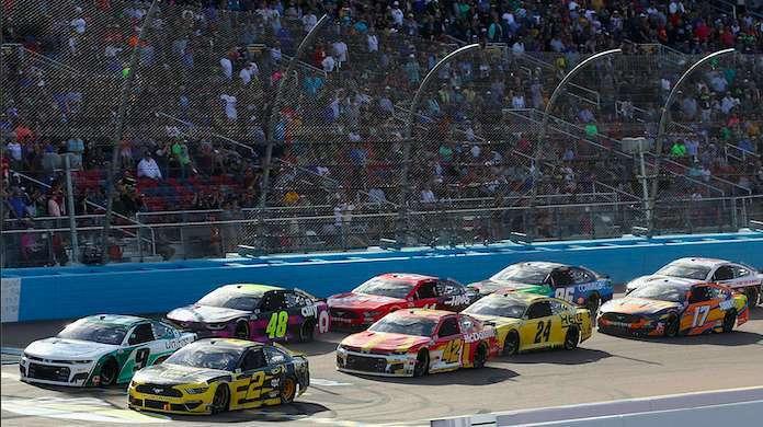 NASCAR-iRacing-Fans