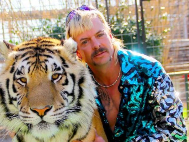 'Tiger King': Joe Exotic TV Show Already in the Works, Kate McKinnon to Play Carole Baskin