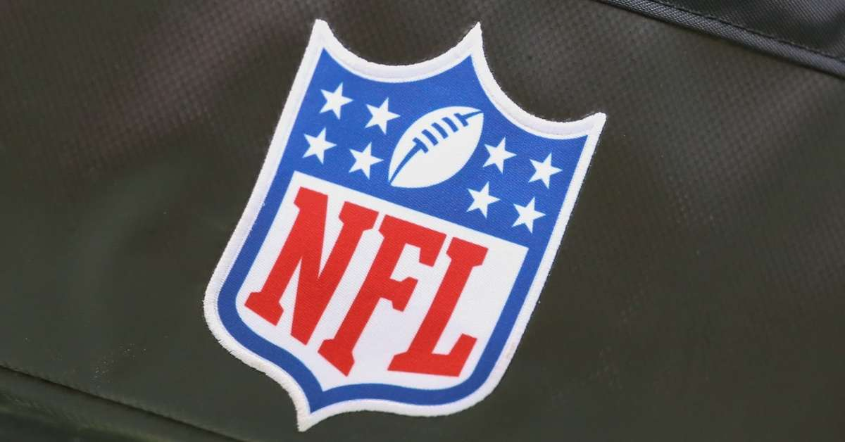 NFL teams coronavirus shut down facilities two weeks