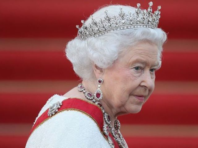 Buckingham Palace Aide Reportedly Tested Positive for Coronavirus Before Queen Elizabeth's Move