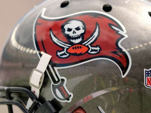 Tampa Bay Buccaneers: What to Know About Tom Brady's New NFL Team