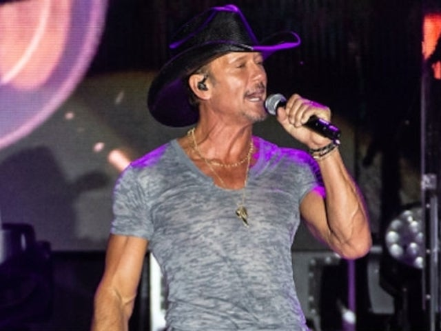 Watch Tim McGraw's Intense Workout With His Band and Crew