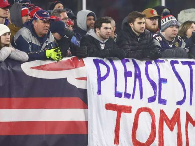New England Patriots Fans Go Ballistic After Tom Brady Announces Departure From Team