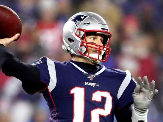Watch Tom Brady's Final Pass as a New England Patriot