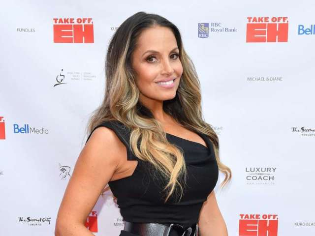 WWE: Trish Stratus Mourns Death of Beloved Aunt With Heartbreaking Message