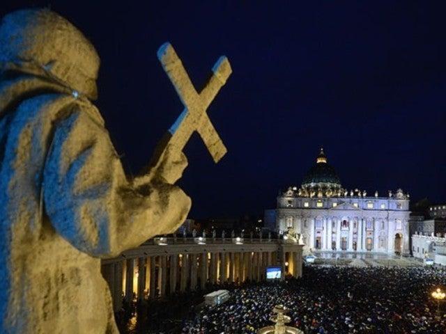 Coronavirus Quarantine: Take Virtual Tours of the Vatican, the Louvre, and More