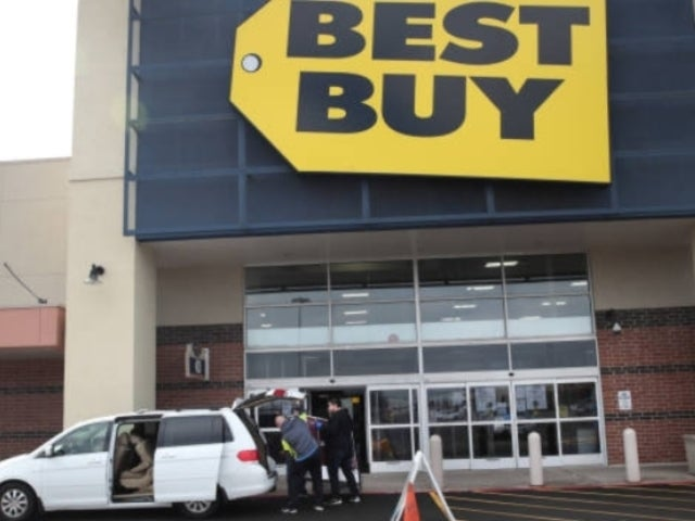 Best Buy to Furlough 51,000 Employees as Stores Remain Closed During Pandemic
