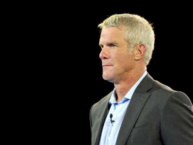 Brett Favre Believes Aaron Rodgers Will Not Finish His Career With Packers