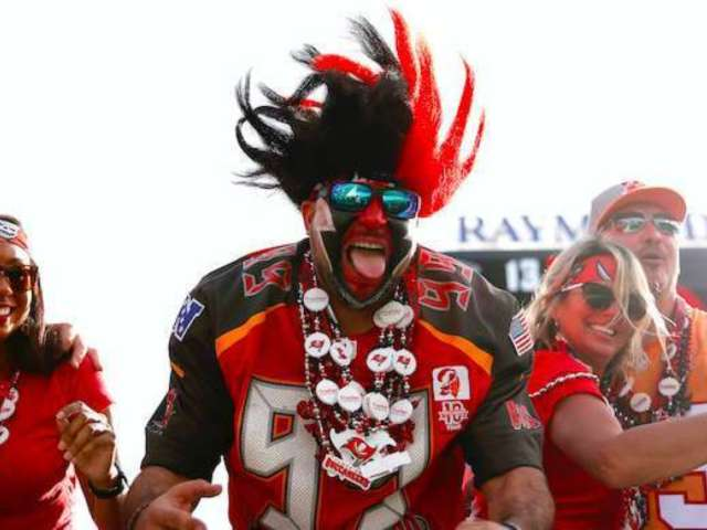 Buccaneers Unveil New Uniforms, and Fans Weigh In