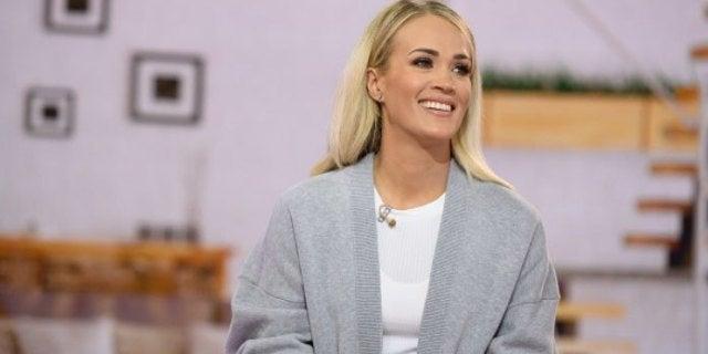 Carrie Underwood - quarantine-2