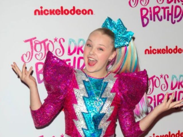 JoJo Siwa, 'Dance Moms' Star, Ditches Signature Ponytail and Reveals Natural Hair in New TikTok Video