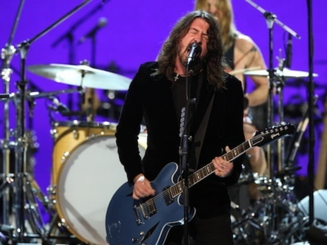 Prince Grammy Tribute: Foo Fighters' 'Darling Nikki' Covers Draws Mixed Response