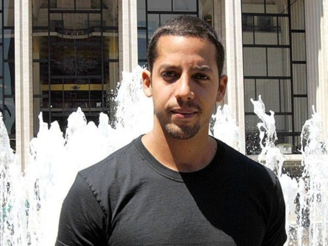 David Blaine Has Fans Freaking out Over 'The Magic Way' Special