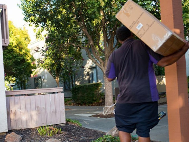 Watch: FedEx Driver Sanitizes Package After Learning Child in Home Has Autoimmune Disease