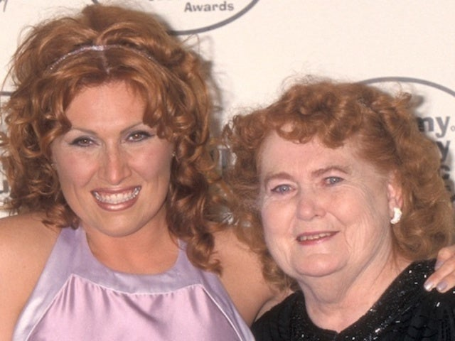 Jo Dee Messina Mourns the Death of Her Mother, Mary