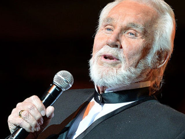 'ACM Presents: Our Country' Tribute for Kenny Rogers Draws in Emotional Response From Social Media