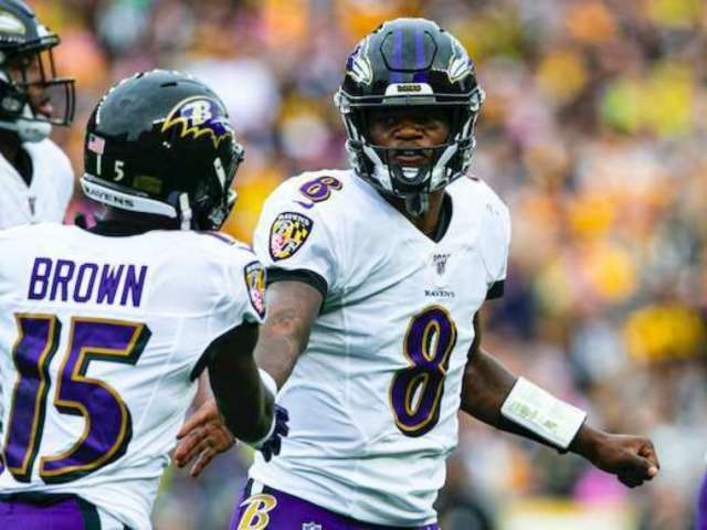 Antonio Brown, Lamar Jackson and Marquise Brown Blasted for Not Practicing Social Distancing During Workout