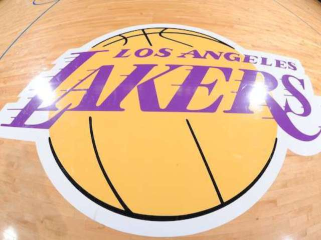 Lakers Received $4.6 Million Coronavirus Small Business Loan, But Returned It