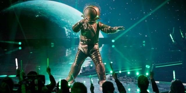 masked-singer-astronaut-hunter-hayes-fox
