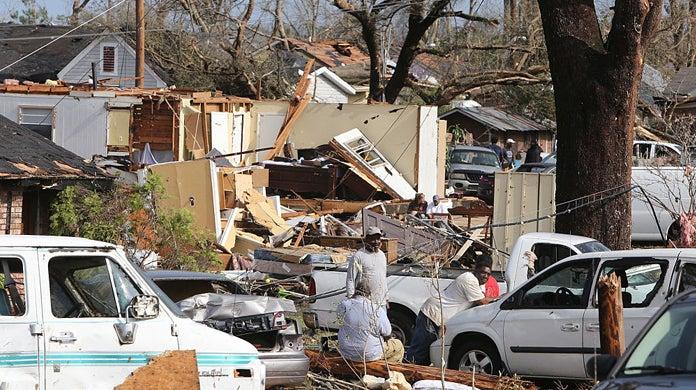 mississippi-tornado-warning-social-distancing
