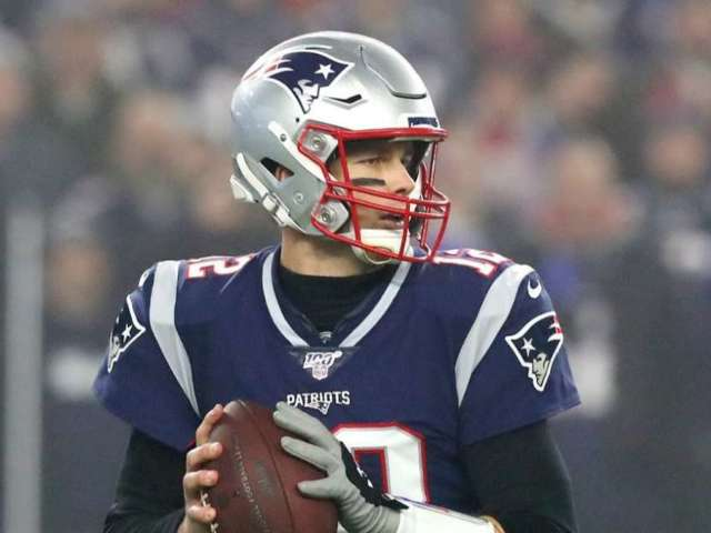 NFL Says Tom Brady Didn't Violate Rules When Meeting Buccaneers Assistant Coach