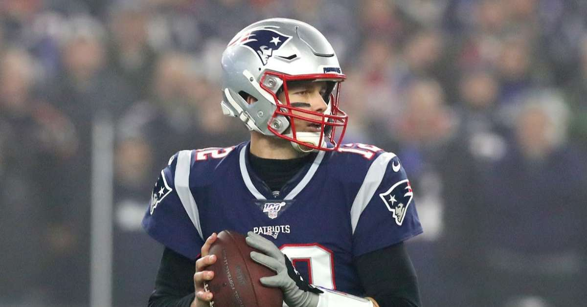 NFL Tom Brady didn't violate rules meeting coach