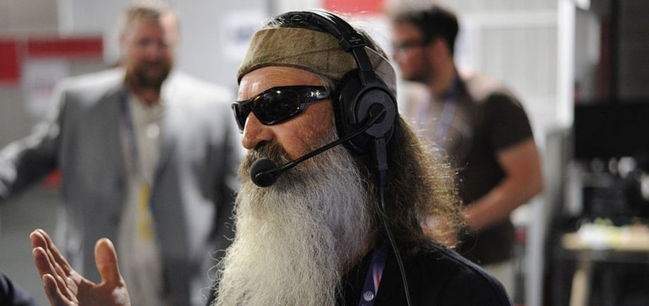 Duck Dynasty Star Phil Robertson Considered Confronting Drive By Shooter At Son Willie S House