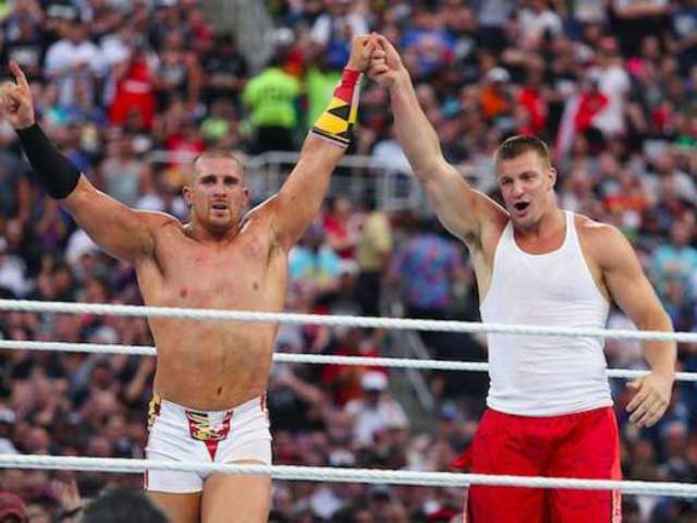 Rob Gronkowski, Mojo Rawley Named Grand Marshals for Sunday's NASCAR iRacing Event
