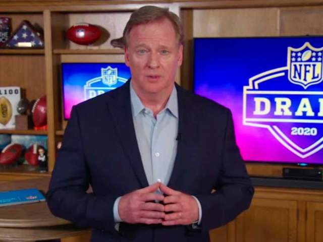 Roger Goodell Fumbles Announcement of 2022 NFL Draft Location