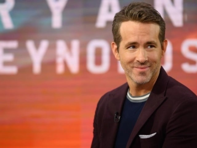 Ryan Reynolds Reveals Father Died of Pneumonia, Warns Young People to Take Coronavirus Pandemic Seriously