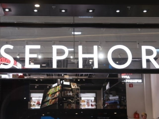 Sephora Lays off Total of 3,000 Employees, Some Notified Via Conference Calls
