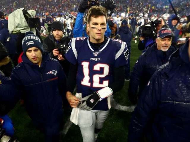 Tom Brady to Appear on Howard Stern's Radio Show, Ready to 'Let Loose'
