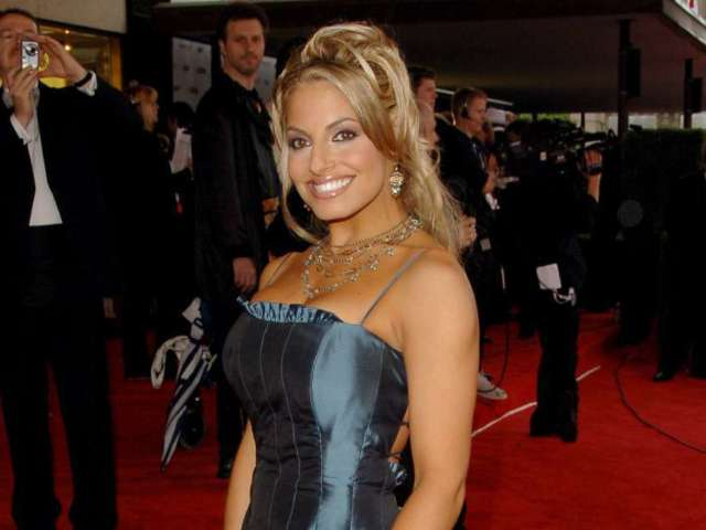 Trish Stratus Reveals Her Family Has Completed Mandatory Quarantine Due to Travel