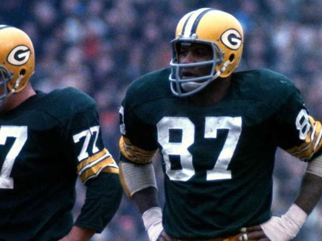 Willie Davis, Packers Legend and Hall of Fame Defensive End, Dead at 85