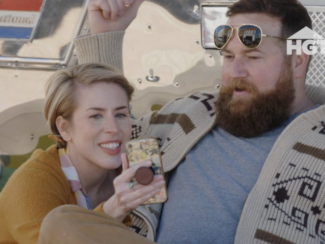 'Home Town': Morgane and Chris Stapleton's Airstream Gets Dramatic Transformation in Exclusive Clip