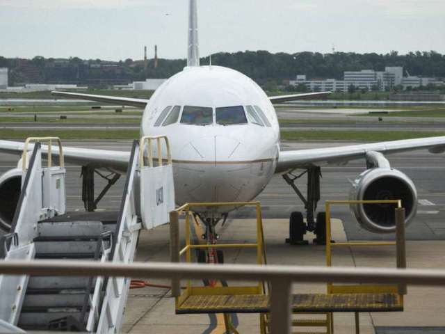 Frontier Airlines Passenger Duct-Taped to Seat After Allegedly Groping Flight Attendants