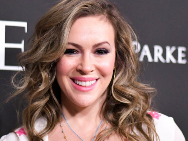 Alyssa Milano Reveals She Has COVID-19 Antibodies, Despite Earlier Negative Tests