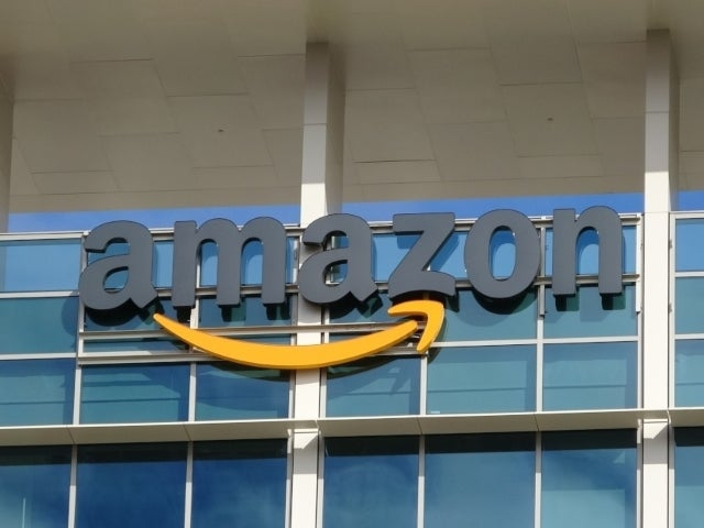 Amazon Giving $500 Million in One-Time 'Thank You Bonus' to Front-line Workers