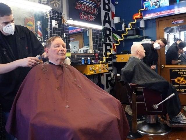 New York Barber Who Violated Coronavirus Lockdown to Give Haircuts Tests Positive for Disease