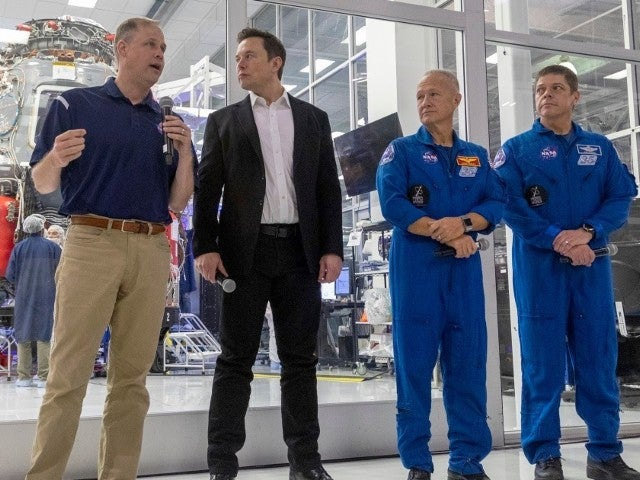 SpaceX Launch: Watch NASA Astronauts Bob Behnken and Doug Hurley Suit up Ahead of Crew Dragon Liftoff