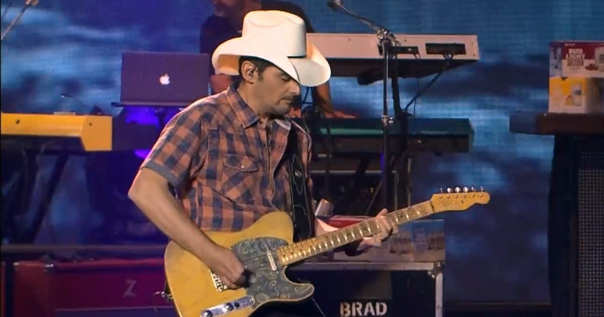 Bud Light Seltzer Sessions x Brad Paisley 1