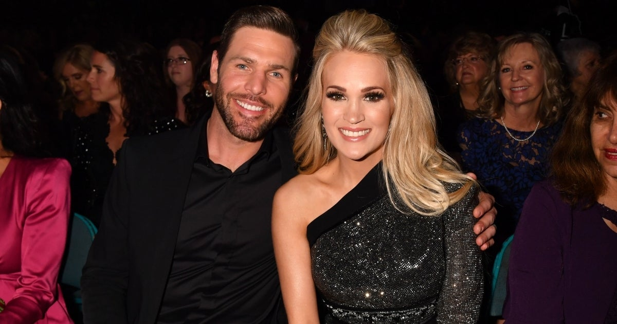 carrie underwood mike fisher getty images