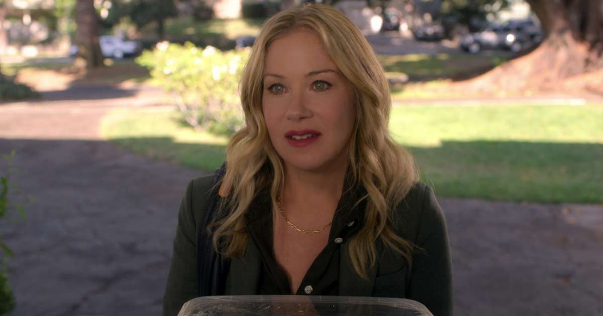 Christina-Applegate-Dead-Me