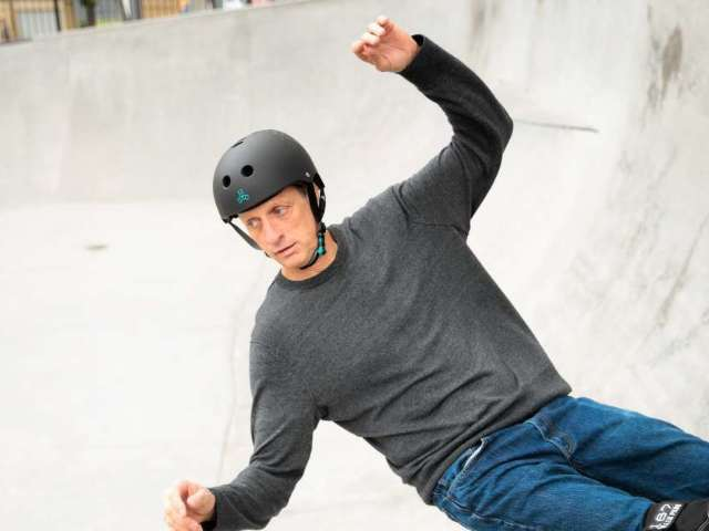 Delivery Driver Gets Tony Hawk to Send Skateboard to Young Fan