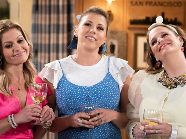 'Fuller House' Teases Triple Wedding in Trailer for Final Season